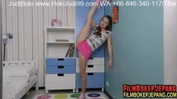 nubiles_kira_star__1v_flexible-fun1920_full.mp4